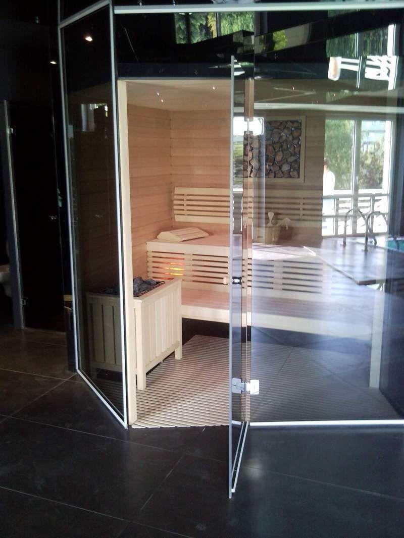 """<a href=""""http://www.svijet-sauna.hr"""" target=""""_blank"""" >www.svijet-sauna.hr</>"""
